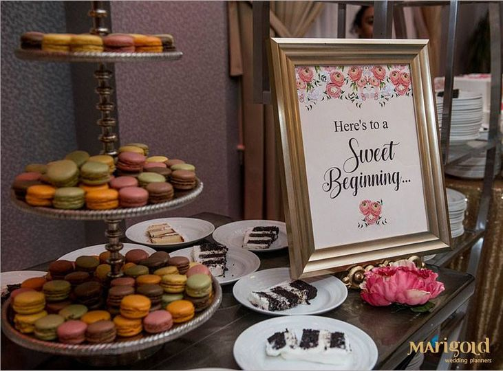 Personalized dessert table