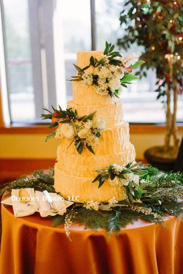 Delicious Designs - Wedding Cake - Reno, NV - WeddingWire