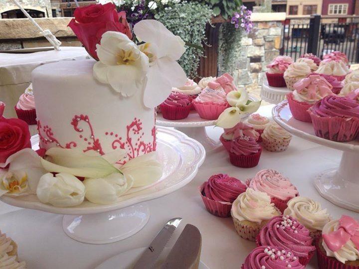 Tmx 1426472383205 104864662903585844888832936203232729466542n Reno, Nevada wedding cake