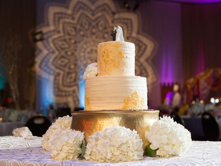Tmx 1510812148190 9aca1963 4cc5 4648 A65f 311936b9931a Reno, Nevada wedding cake