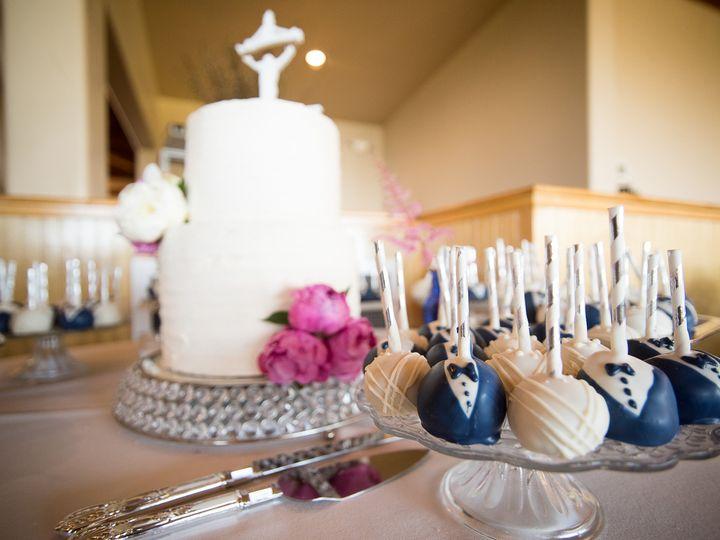 Tmx 1510812232995 Ab83f9d6 1632 47a6 98a1 195855d9d0b4 Reno, Nevada wedding cake