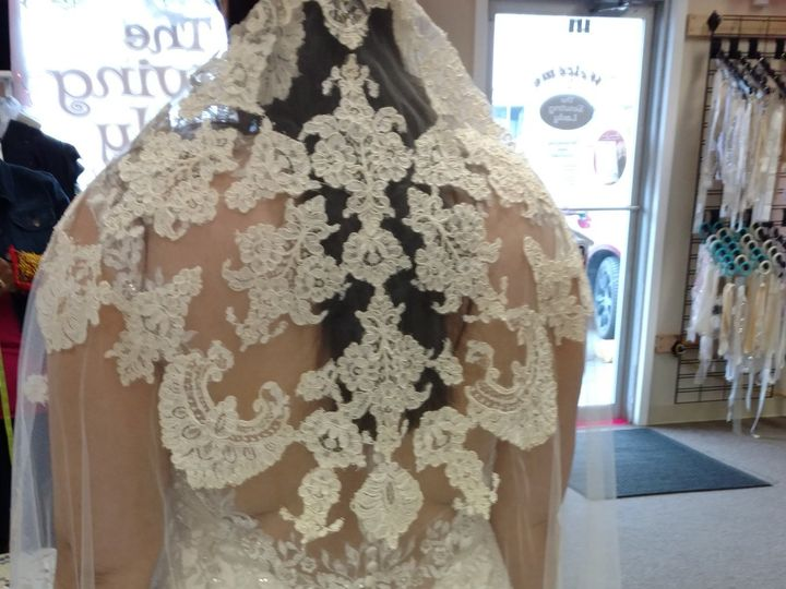 Tmx 1487275707195 Antique Veil Greenwood, Indiana wedding dress