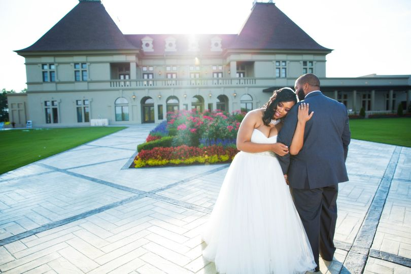 Chateau Elan Winery & Resort - A classic display of their love...