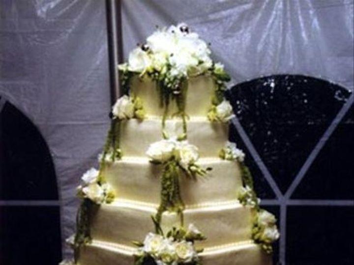 Tmx 1224818397569 6tierwhtchoc Brooklyn wedding cake