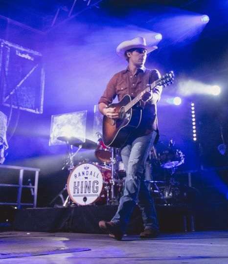 Country concert audiovisual