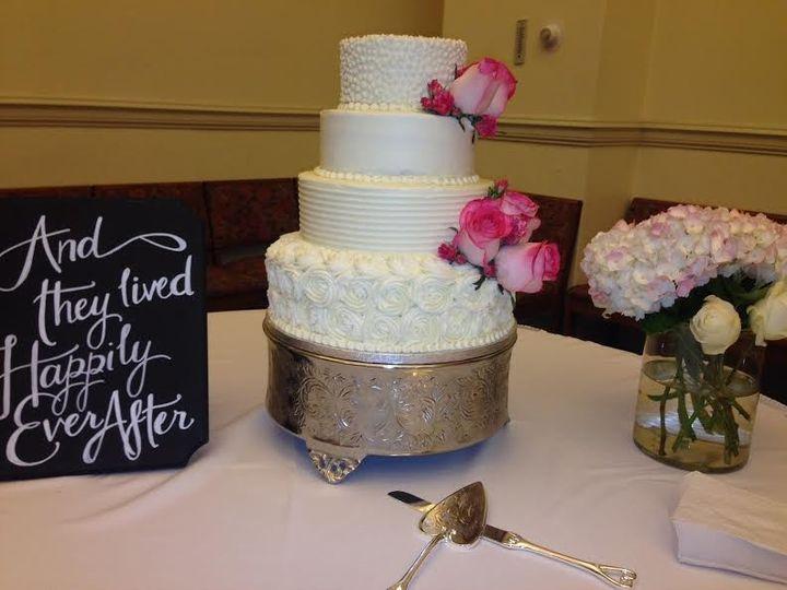 The Cakeroom Bakery Wedding Cake Washington Dc Weddingwire