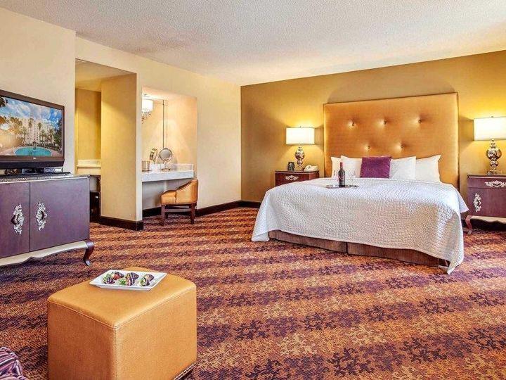 Tmx 1460141104911 Castlehotelroomexecutivekingroomexec Orlando, FL wedding venue