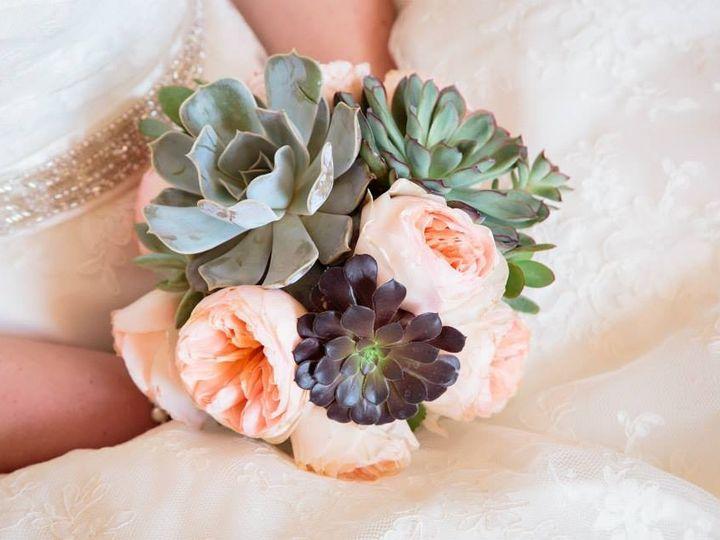 Tmx 1459195474612 139596610200567984993704277057912n Kent wedding florist