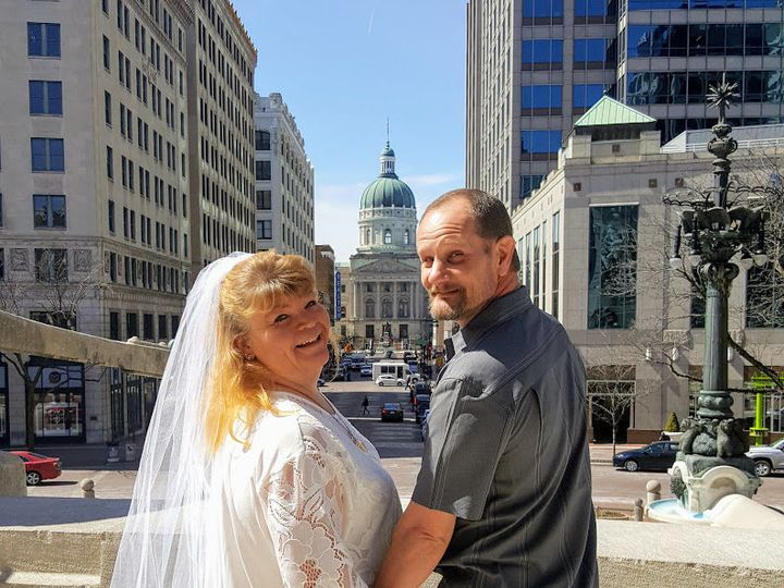 Tmx 1529977087 E0811d0fa1483c78 1529977086 0b2ac68eb1487c41 1529977084309 36 Ww17 Indianapolis, IN wedding officiant