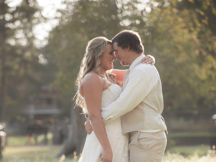 Tmx 1516431245 C42ff55eed09bb02 1516431240 5fdad746316e34d0 1516431237919 1 IMG 9935 Edit Seattle wedding photography