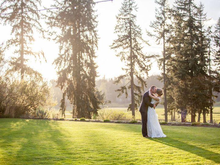 Tmx 1529214283 C3a4ea20ebb714f8 1529214282 80526bea9b0686bf 1529214279365 3 IMG 3936 Seattle wedding photography