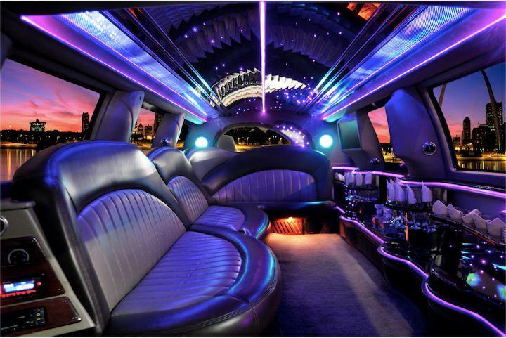 Lincoln MKT (inside)
