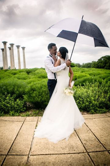 The Capitol Columns is the perfect location for ceremony or cocktail hour