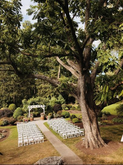 Summer ceremony set up