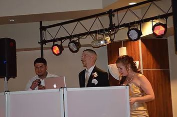 Best man and maid of honor Speeches.
