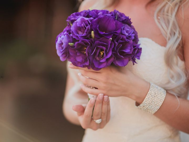 Tmx Bride With Aster Flowers 51 2017139 162387192913975 Allentown, PA wedding venue