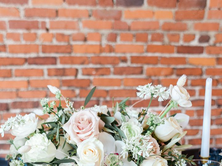Tmx Bergwedding Mariamsaifanphotography 0605 51 1059139 Independence, MO wedding florist