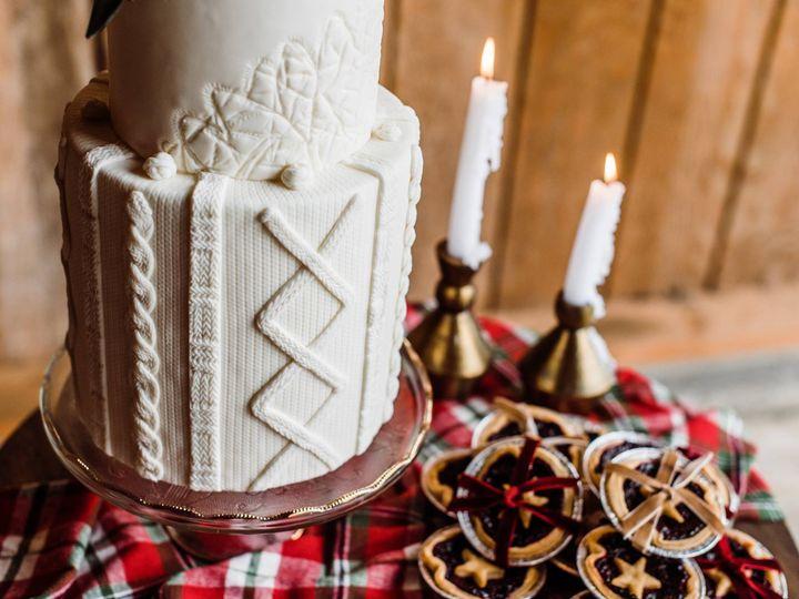 Tmx 23551011 1588204527907572 3377103763563714782 O 51 959139 Newberg, OR wedding cake
