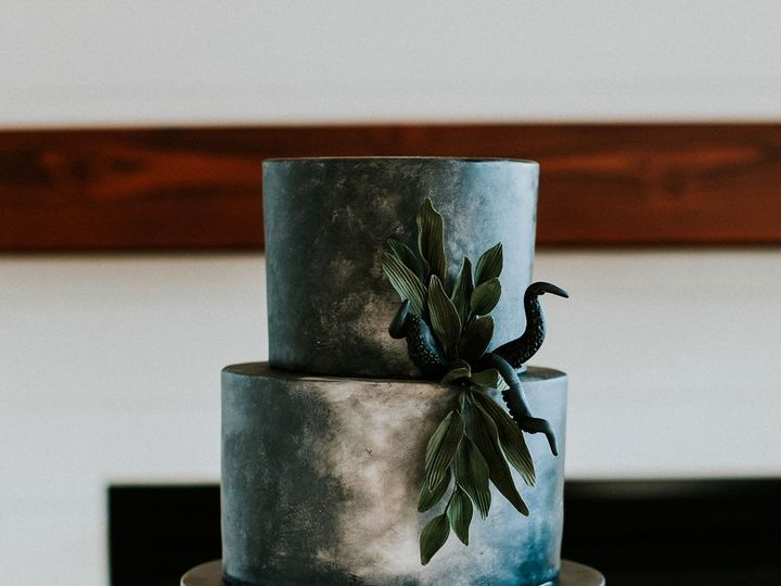 Tmx Details57 51 959139 157401179048991 Newberg, OR wedding cake
