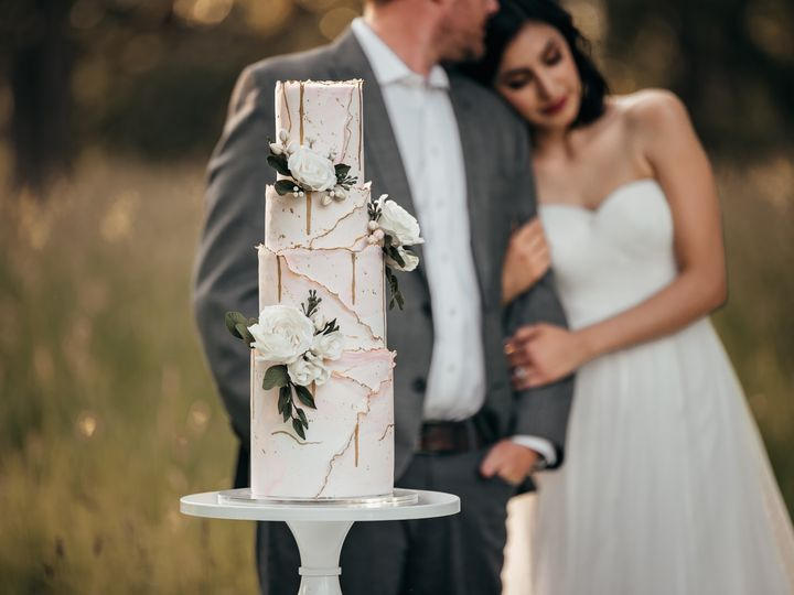 Tmx Dsc 7583 51 959139 157401170464732 Newberg, OR wedding cake