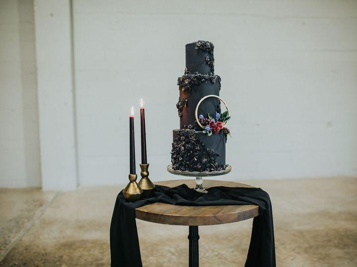 Tmx Sewellsweetsbasreliefweddingcake1 51 959139 157401164727917 Newberg, OR wedding cake