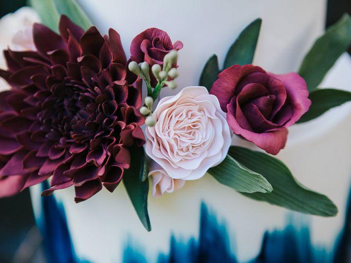 Tmx Ss 10 15 33 51 959139 Newberg, OR wedding cake