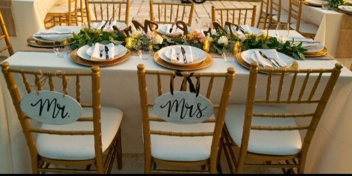 Newlyweds place setting