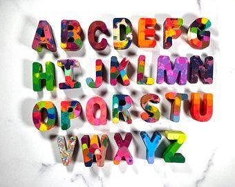 Custom name crayons