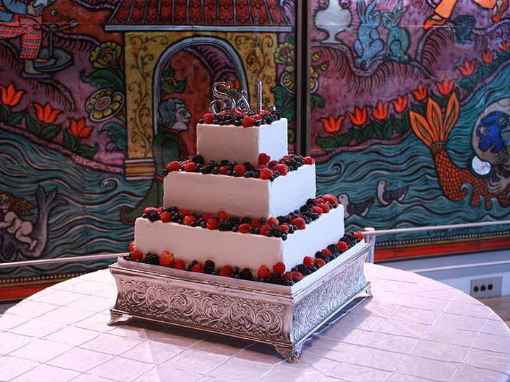 Tmx 1418766768487 Dca4ce346b17f7ffc84da5a6f89f1ea3b68a99jpgsrz743495 Milton wedding cake