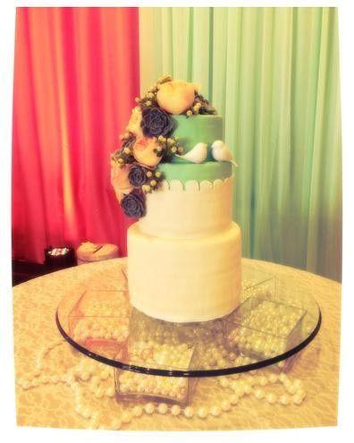 Tmx 1418766845716 Dca4ce3c2972f4b8e4de0e1058b957f9e0a2eajpgsrz396495 Milton wedding cake