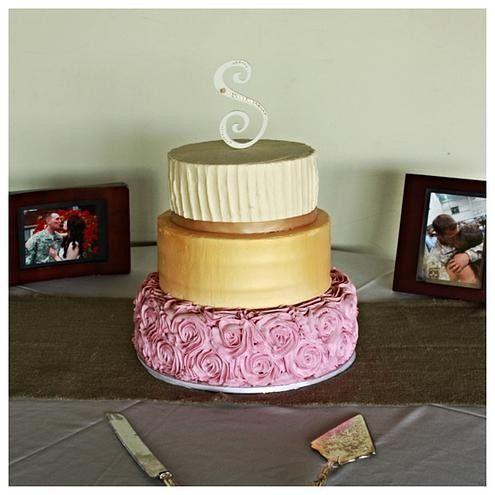 Tmx 1418766848218 Dca4ce4def5576094999bee79eea667ee3ceeejpgsrz495495 Milton wedding cake