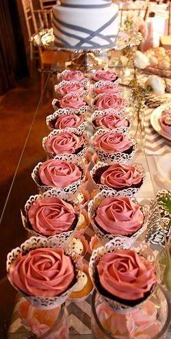 Tmx 1418766910797 Dca4ce73c6ca6df2c842cb93d287198a92a2b8jpgsrz250495 Milton wedding cake