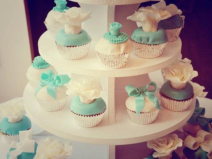 Tmx 1418766917822 Dca4ced937d177a0a95fcafd6e5d435bb400d8jpgsrz746495 Milton wedding cake