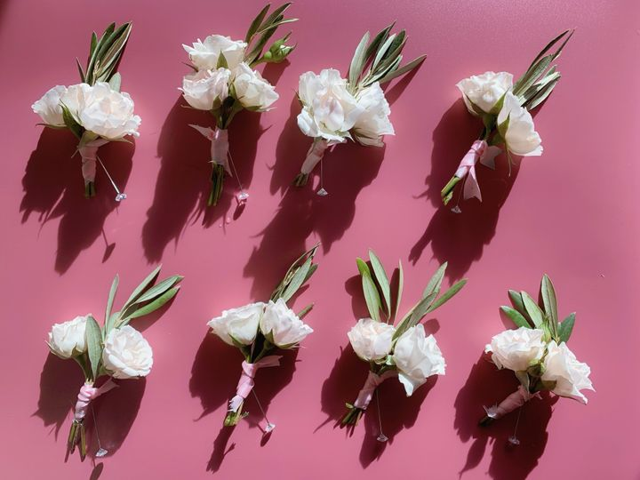 Lovely pink series boutonniere