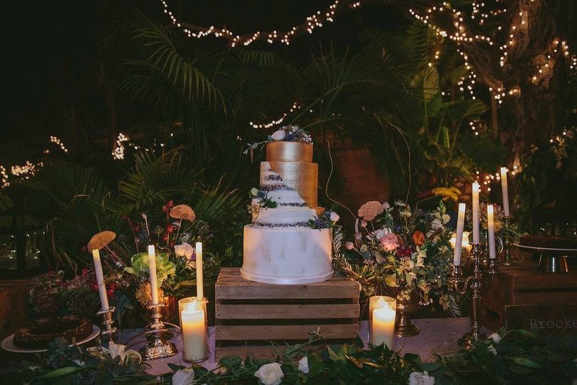 Enchanting wedding cake