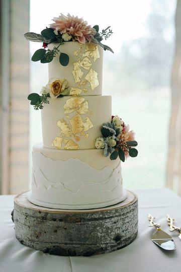 Mountain wedding cake