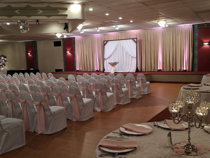 Tmx Burg Pink4 51 26239 160452015150358 Hilliard, OH wedding venue