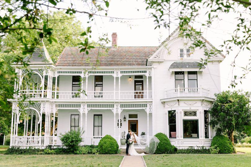 Barr Mansion & Artisan Ballroom - Venue - Austin, TX