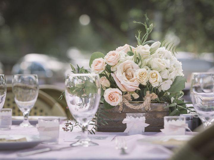 Tmx 1528326477 E6ef4287bec71a6c 1528326476 2889518ef8e92fb9 1528326471785 6 DouglasDeannaWeddi Granada Hills, CA wedding florist