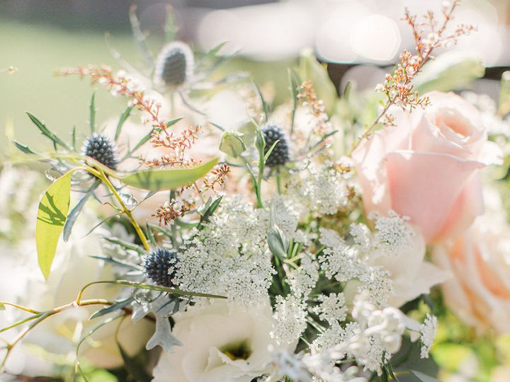 Tmx 1533754776 1802065bd47f78a1 1533754774 Dd7c32e1b21294ff 1533754739813 10 Anna Delores Phot Granada Hills, CA wedding florist