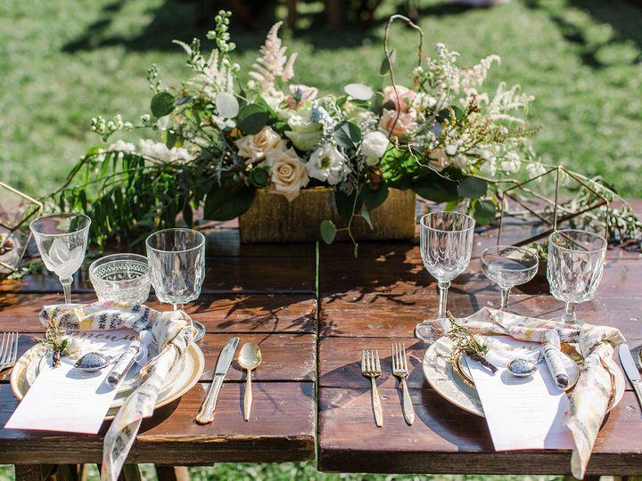 Tmx 1533754776 E0387244ec1dd481 1533754774 F543a66d30fac44d 1533754739808 9 Anna Delores Photo Granada Hills, CA wedding florist