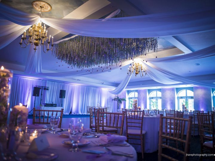 Tmx 1517495600 381017c4779eb181 1517495596 070d768c87f134d0 1517495592401 15 17 Copy Tampa, FL wedding planner