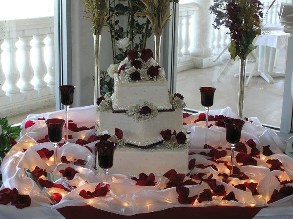 Burgandy Wedding Cake