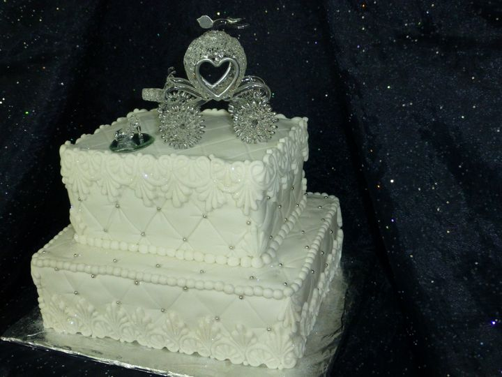 silver pearled cak