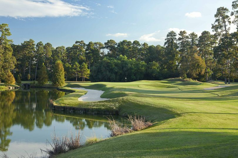 Clubs of Kingwood course
