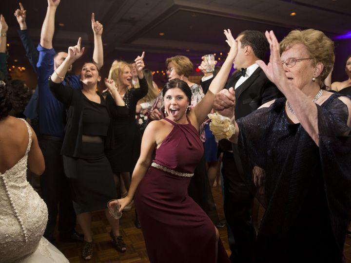 Tmx Dancing 06 Wedding Dj 51 3339 Huntingdon Valley, PA wedding dj