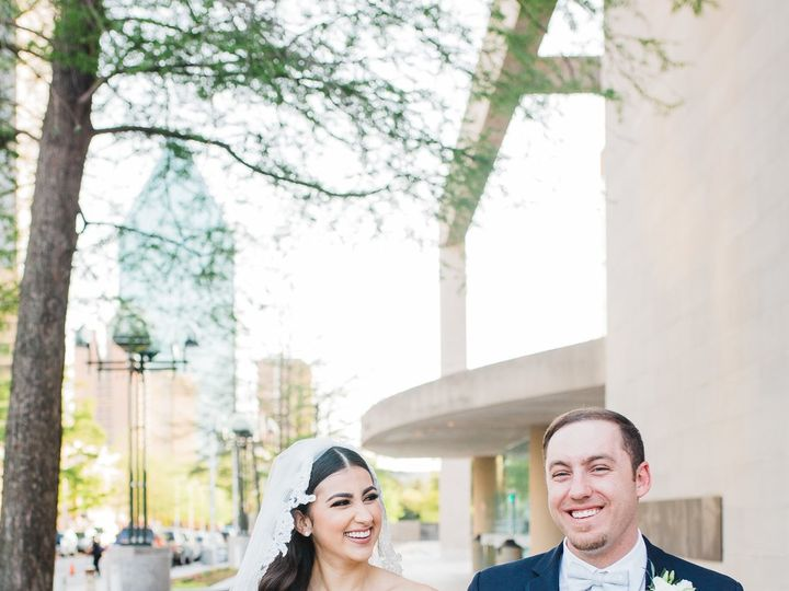 Tmx 1525452396 911352d15a94c95e 1525452392 08f5a6b9ab86382c 1525452246904 9 BG8B0645 Denton, Texas wedding photography