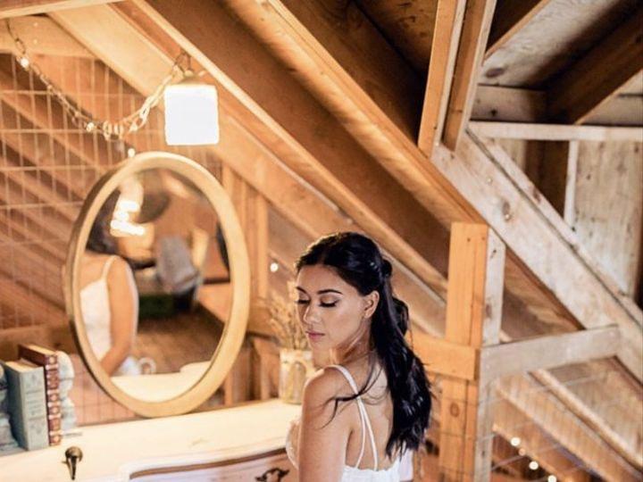 Tmx P153 Orig 51 684339 Lake Oswego, OR wedding beauty