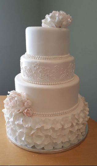 cake petal cake with lace
