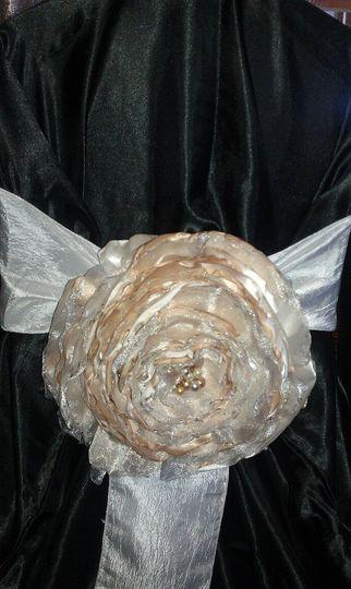 Chairflowers1